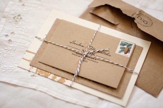 конверт из крафт-бумаги