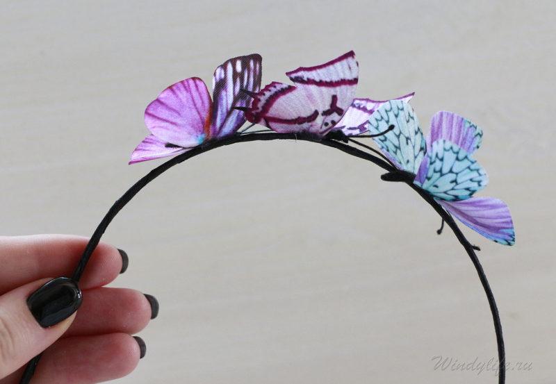 Ободок для волос с бабочками