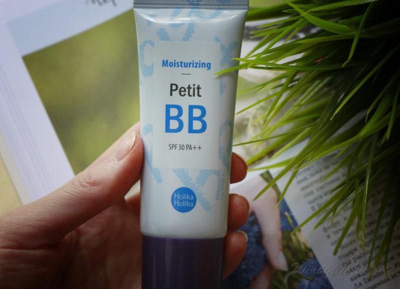 Petit Moisturizing BB cream от Holika Holika
